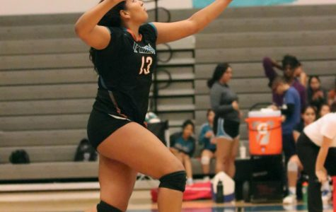 Spartans Continue Hot Streak And Sweep Carlsbad For Homecoming